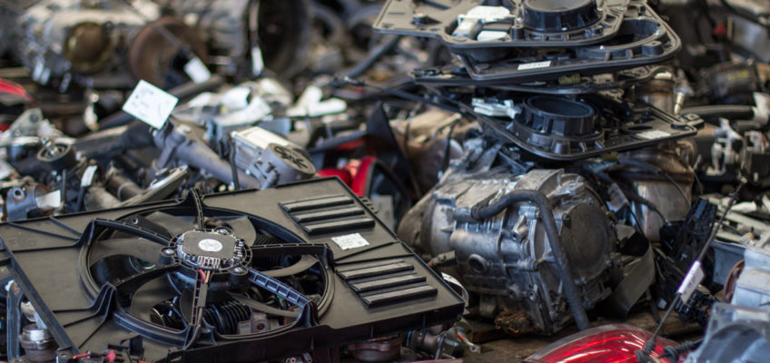 La reutilización de piezas de coche, esencial en el reciclaje de materiales