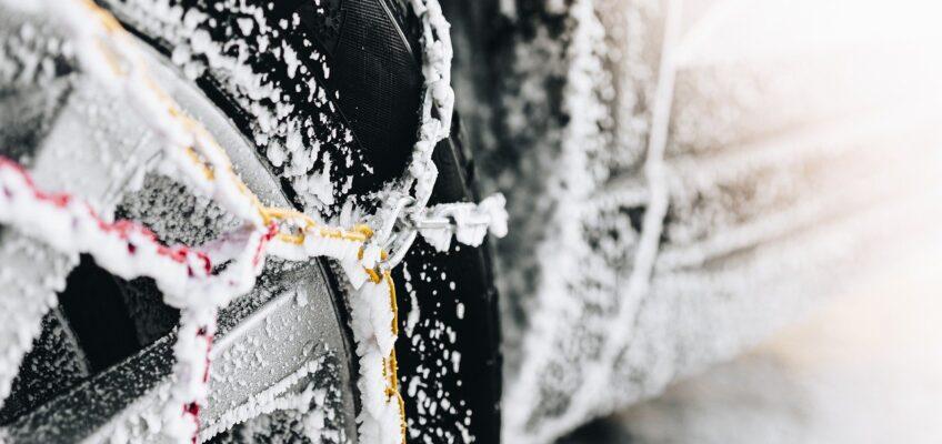 10 gadgets para equipar tu coche contra el frío y no morir en el intento